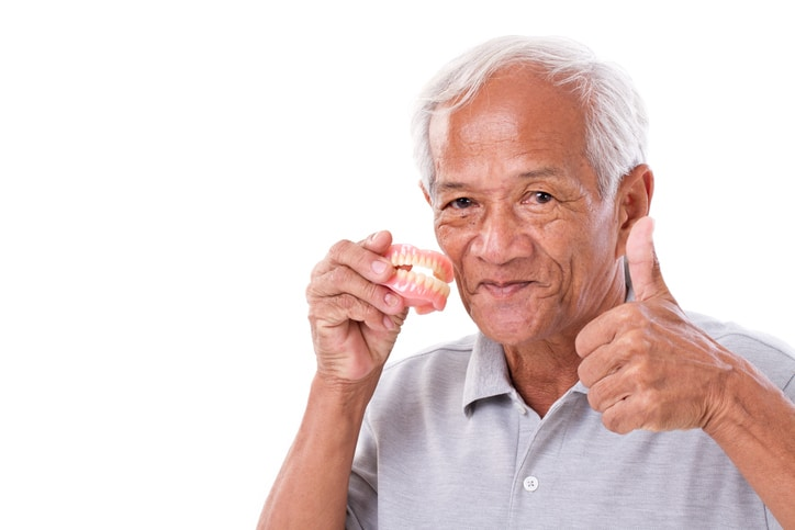 dentures-neo-smiles